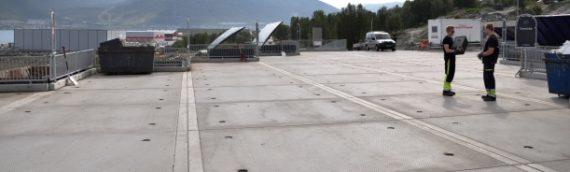 Installation af Remiks nye genbrugsplads i Tromsø